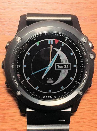 GMT Moonphase Analog watchface | Garmin Connect IQ